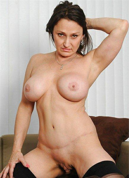 Jillian Fox Bodyshot