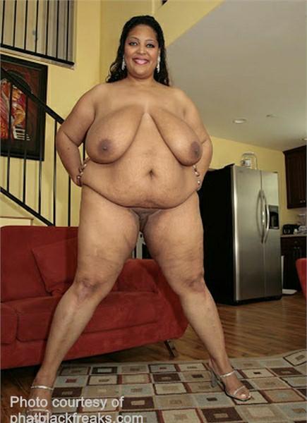 Sasha Brabuster Bodyshot