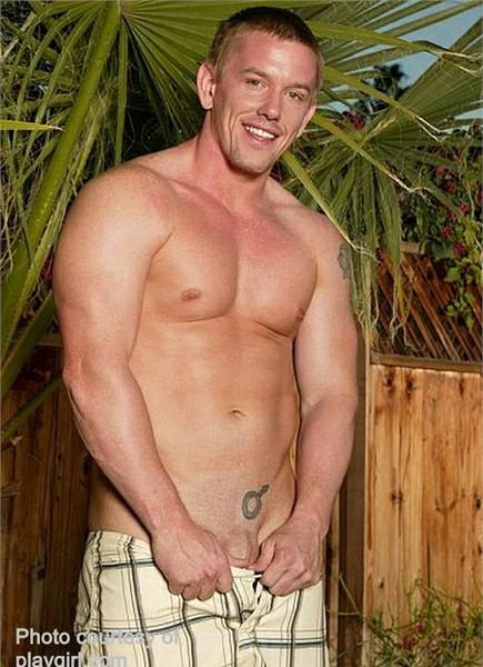 Jack Venice Bodyshot