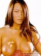 Aaliyah Bodyshot