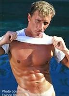 Sean Davis Bodyshot