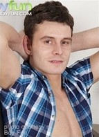 Aaron Brandt Bodyshot