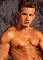 Danny Sommers Bodyshot