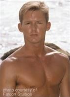 Jason Andrews Bodyshot