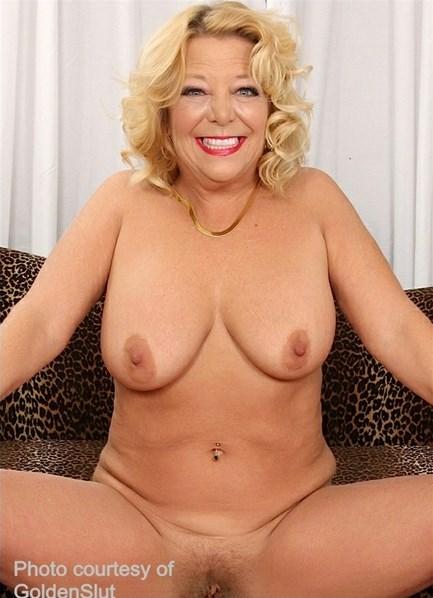 Karen Summer Bodyshot