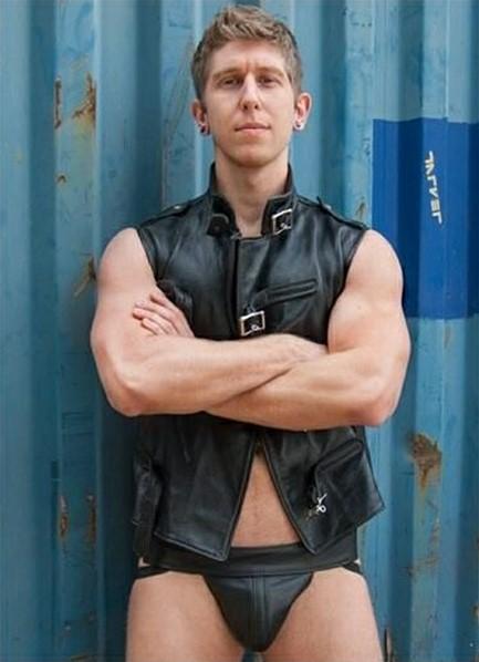 Danny Wylde Bodyshot
