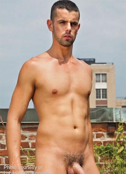 Jake Steele Bodyshot