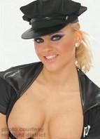 Britney (III) Bodyshot
