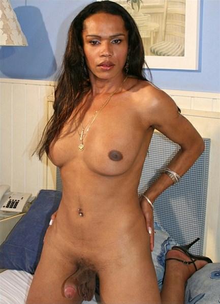 Alessandra Martinelle Bodyshot