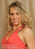 Amanda Blow Bodyshot