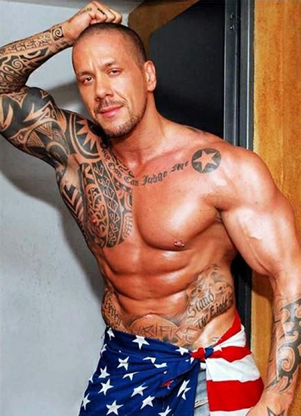 Rob Diesel Bodyshot