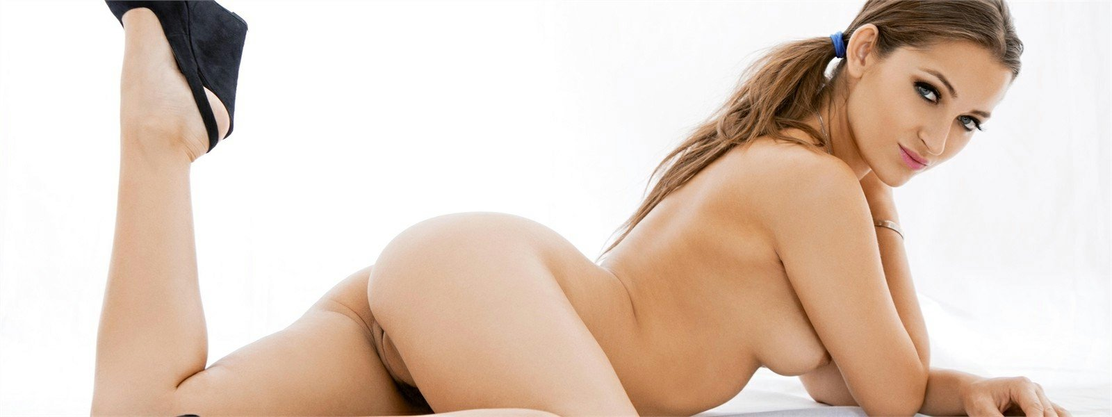 Watch porn scenes from Dani Daniels!