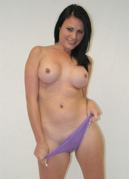 Ashli Ames Bodyshot