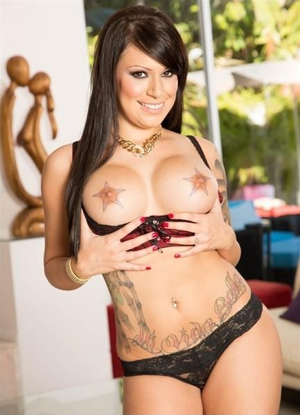 Tori Avano Bodyshot