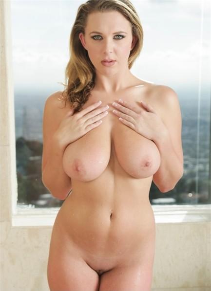 Brooke Wylde Bodyshot