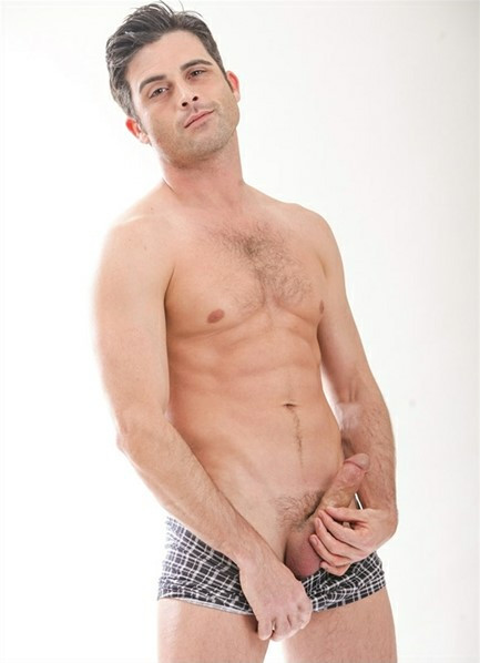Lance Hart Bodyshot