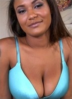Sierra Santos Bodyshot