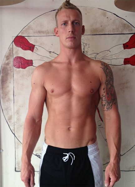 Luke Hardy Bodyshot