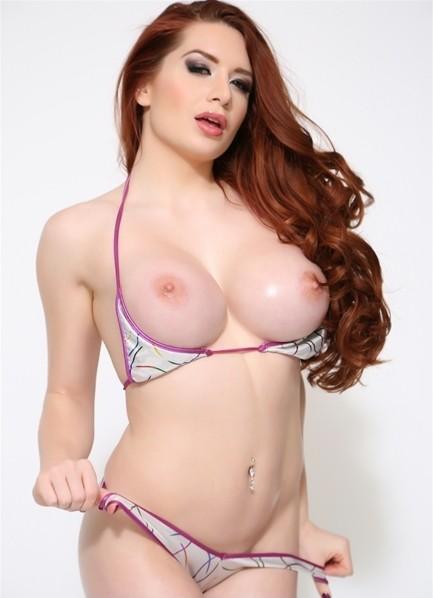 Veronica Vain Bodyshot