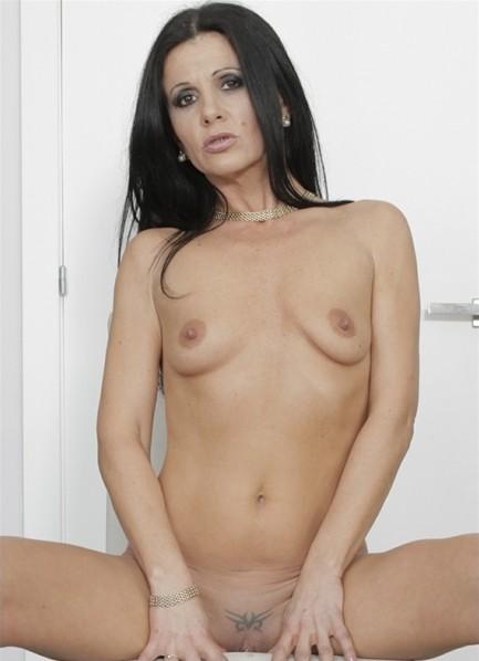 Soraya Rico Bodyshot