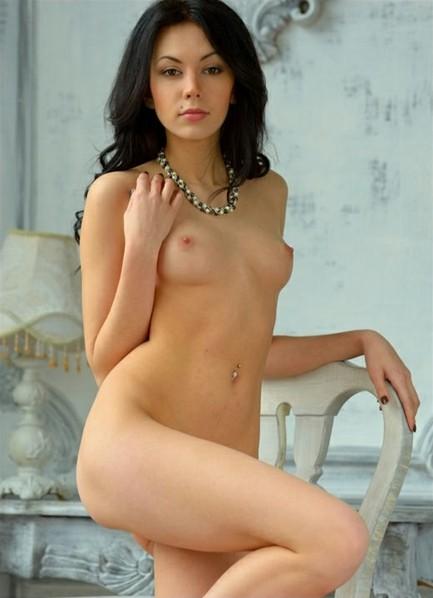 Sheri Vi Bodyshot