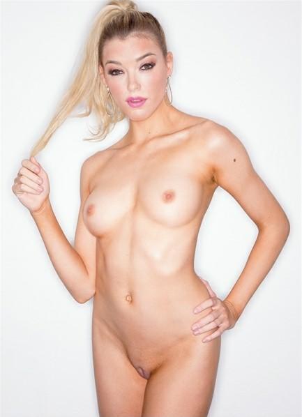 Anny Aurora Bodyshot