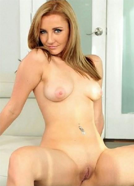 Rosyln Belle Bodyshot