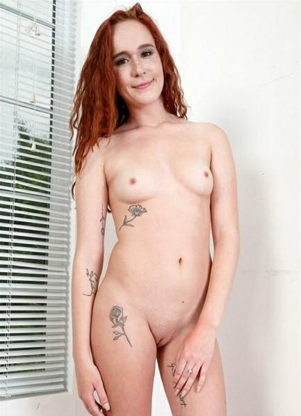 Alice Coxxx Bodyshot