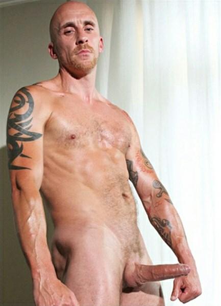 Sam Porter  Bodyshot