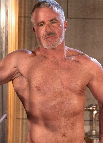Dale Savage Bodyshot