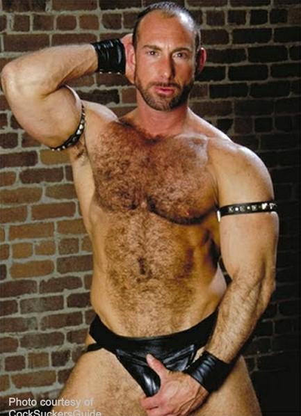 Eric Evans Bodyshot