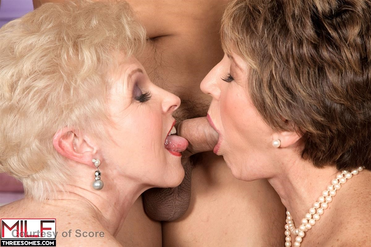 Bea Cummins And Jewel Top tag-teaming grannies 2 - score image gallery photos @ adult dvd empire