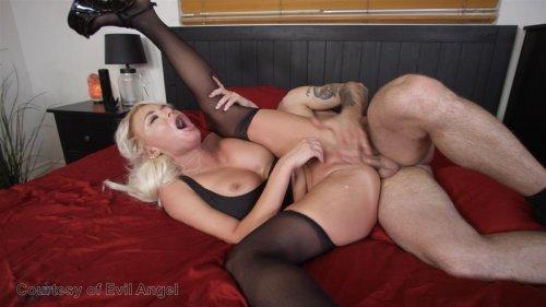 Hot lesbian milf and virgin