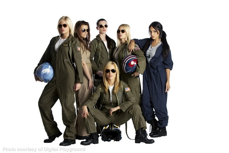 Top Guns gallery photo 1 out of 109