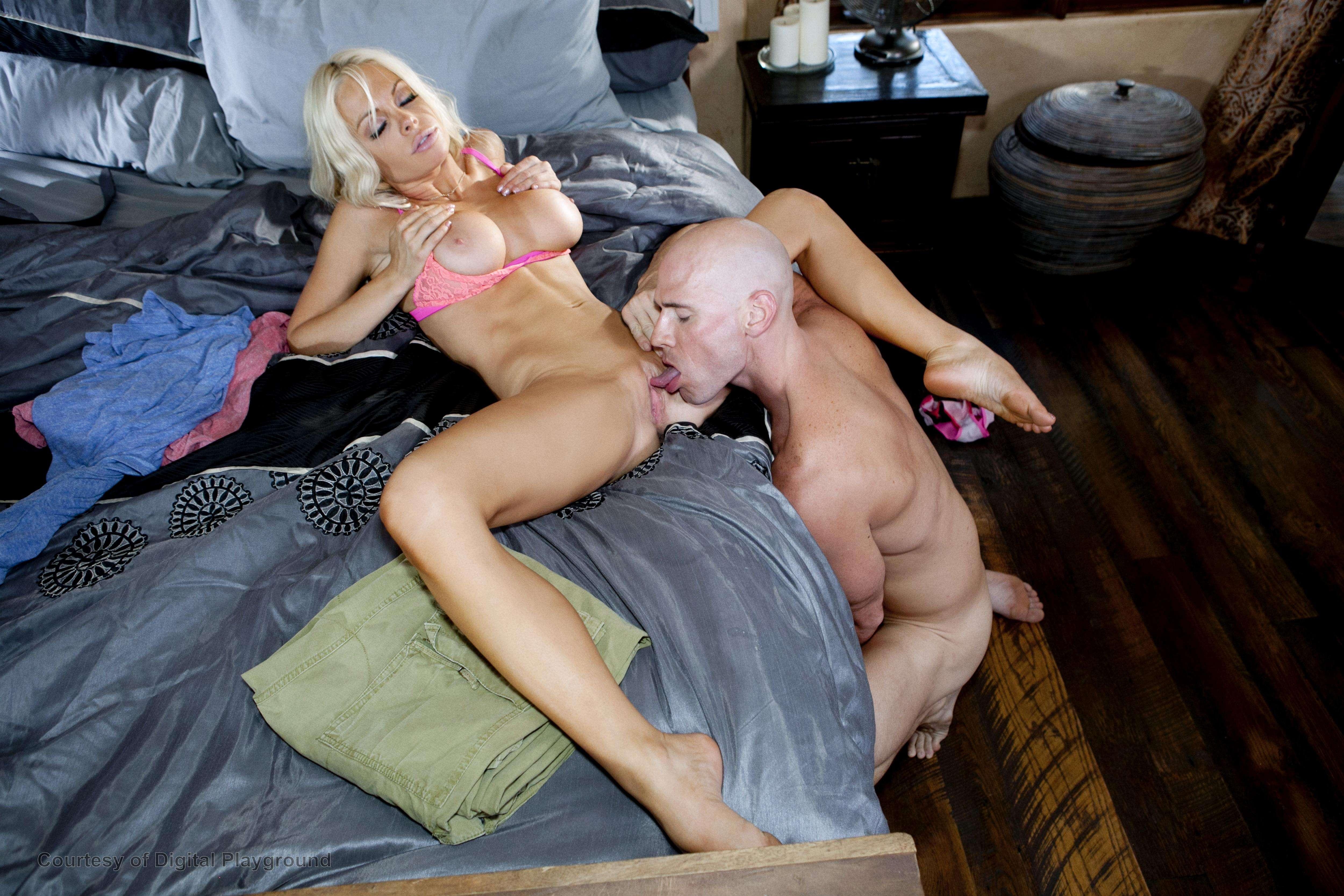 nicole sheridan naked pics
