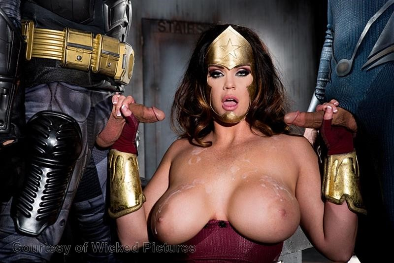 Batman Superman An Axel Braun Parody Yourdailygirls 1