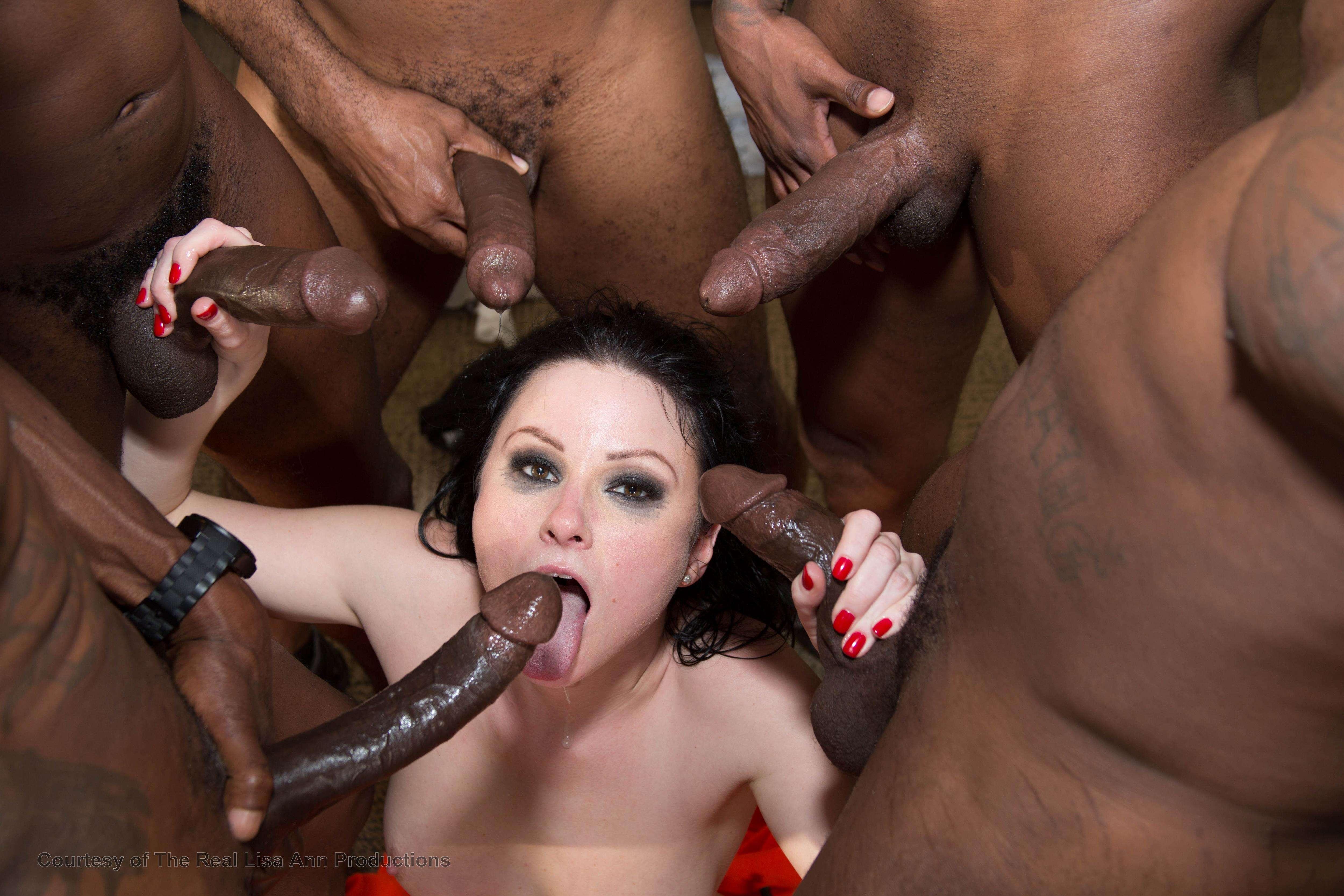 Смотреть жесткое порно с неграми с огромными членами трахнул зрелую