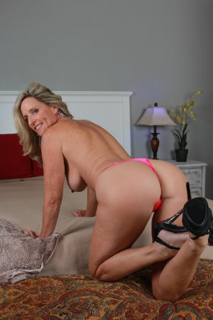Sexy Blonde Autumn Westin Shows Off Her Goods Property Sex 1