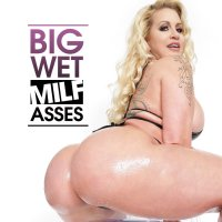 Big Wet MILF Asses
