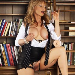 Fleshlight Girls - Limited Edition Cougar - Nina Hartley 10 Product Image