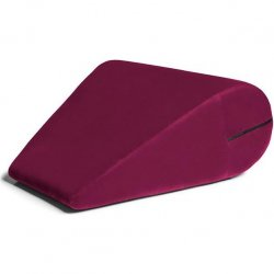 Liberator Rockabilly Doggy Riser - Merlot 1 Product Image