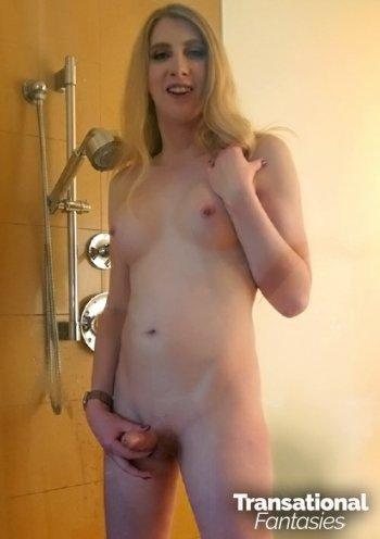 Janelle Fennec Bodyshot