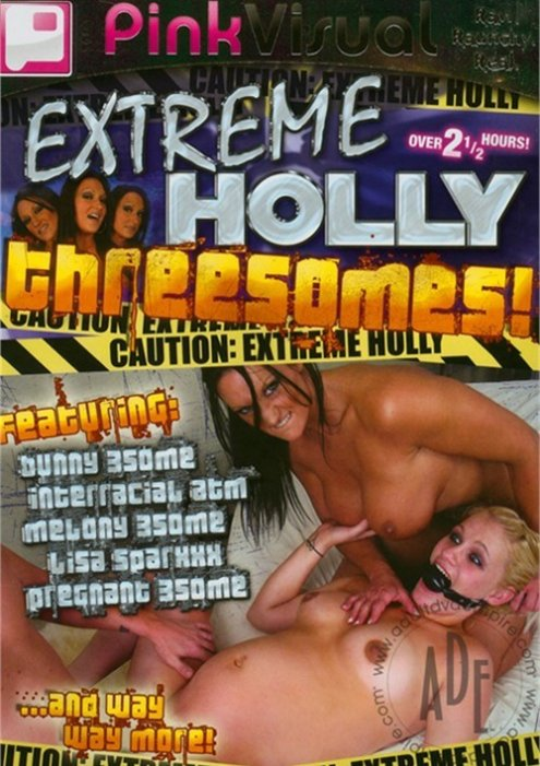 Extreme holly threesomes licking girl