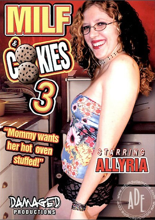 MILF & Cookies 3 Boxcover