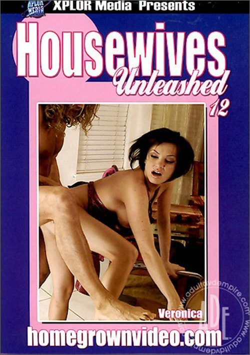 Housewives Unleashed 12 Boxcover