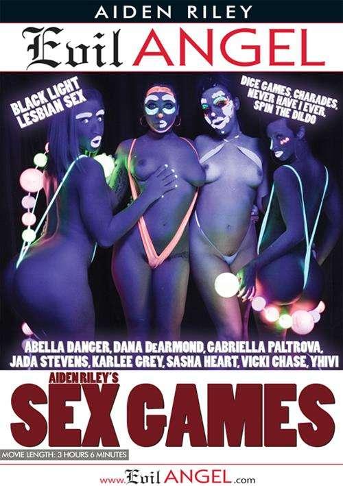 Μαύρο λεσβιακό σεξ με τα παιχνίδια