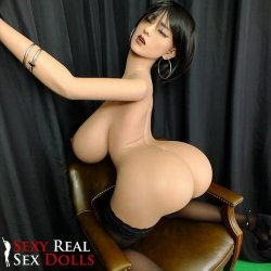 Leilah 5ft 3' Curvying Beauty With Super Bubbly Butt Love Doll Sex Toy