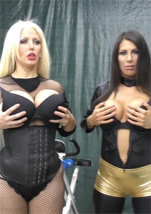 Babestation topless girl on girl