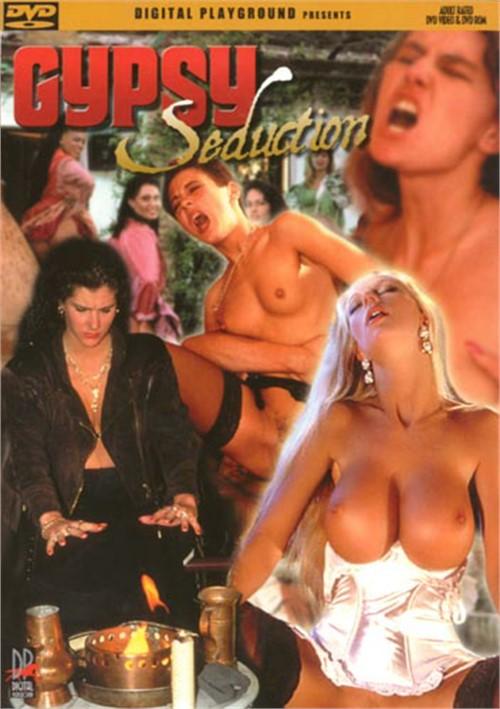 porno-film-ne-igray-s-ognem-smotret-porno-visasivayut-molochko-u-devchonki-onlayn