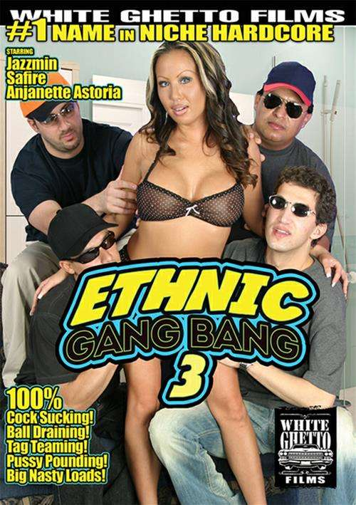 Nasty guy sucking dicks in gangbang
